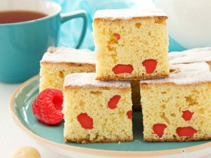 Blondies met frambozen