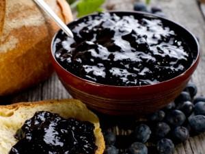 Blauwe bessenjam met vanille (ingezonden recept)